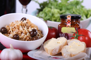 Black olive and Tomatoe Pesto_Pasta 2