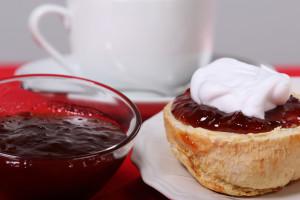 Scones_Strawberry Jam 2